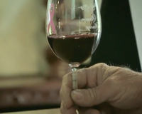 Why swirling wine is so important
